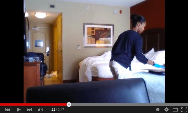 Telecamera nascosta in camera d\'albergo becca signora delle ...