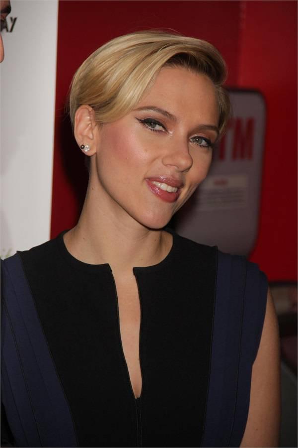 Scarlett johansson prima uscita pubblica dopo il parto foto - Scarlet diva streaming ...