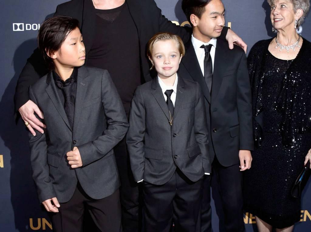 La figlia di Brad Pitt e Angelina Jolie sul red carpet ...  La figlia di Br...