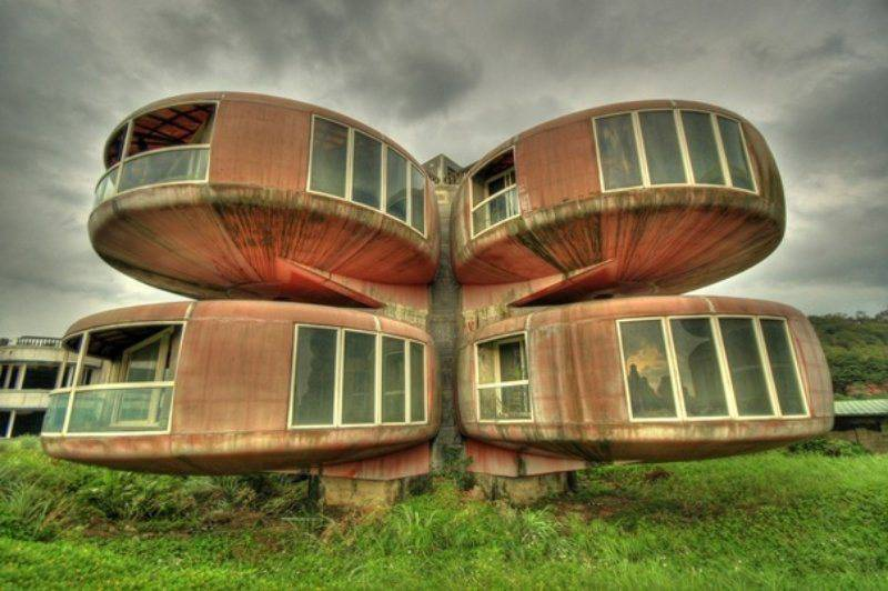 15-weird-homes-we-all-wish-we-lived-in-5