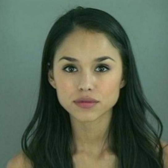 8. Lorena Tavera è stata arrestata per furto in un grande magazzino di El Paso, Texas.