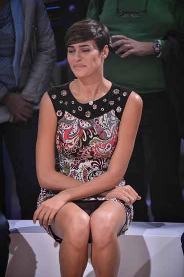 Incidente Sexy alla Miss Italia Alice Sabatini, nel momento di sedersi si intravedeno le mutnde in occasione dell'inaugurazione della prima mostra su storia NBA - Immagini a canestro. Ball don't lie (Luca Matarazzo, MILANO - 2015-09-28) p.s. la foto e' utilizzabile nel rispetto del contesto in cui e' stata scattata, e senza intento diffamatorio del decoro delle persone rappresentate