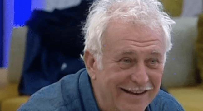 Grande Fratello Vip: Marco Predolin tocca Carmen Di Pietro