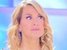 """GF, """"Coca-Gate"""": Barbara D'Urso risponde alle accuse di Striscia la notizia"""