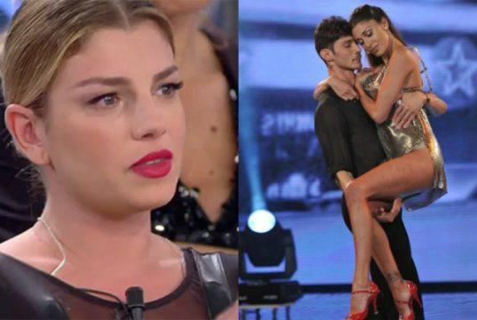 Amici: Maria De Filippi mette in imbarazzo Emma Marrone