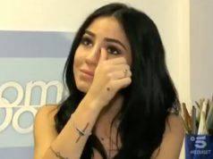 """Giulia De Lellis in lacrime: """"Spero di trovare chi saprà darmi amore"""""""