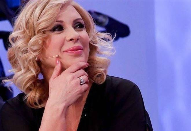Gossip shock: Tina Cipollari vuole abbandonare Uomini e Donne?