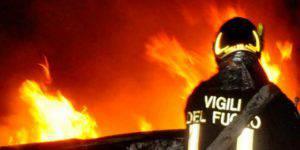 genova-incendio-in-casa una donna morta