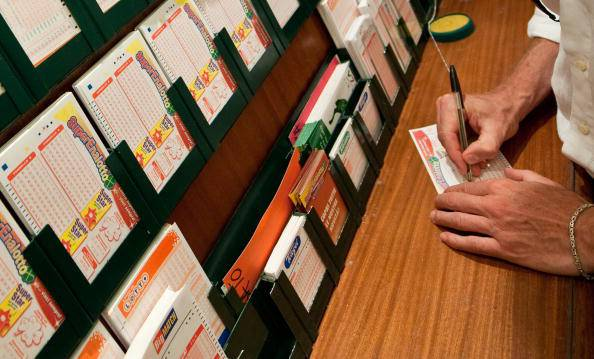 Estrazione Lotto, Superenalotto e 10eLotto in diretta