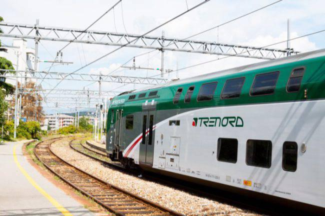 Treno Trenord guasto fumo
