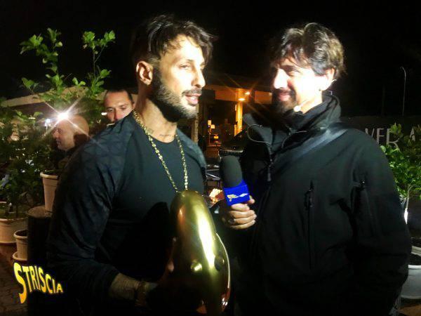 Striscia la Notizia oggi: Tapiro D'Oro a Fabrizio Corona ...