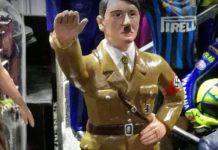 Statuina di Hitler