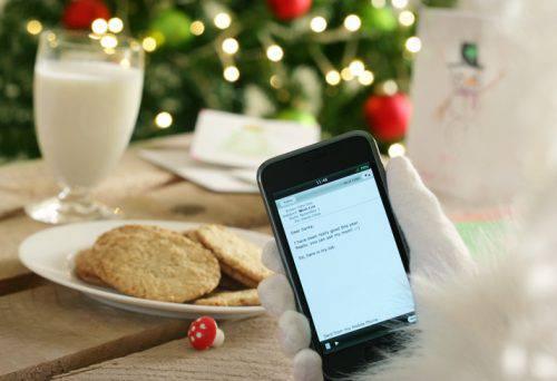 Auguri di Natale, ecco le frasi più belle da dedicare