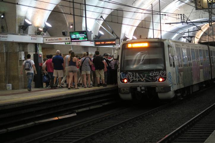 Metro Roma donna Rom