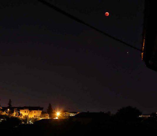 Eclissi Luna Rossa