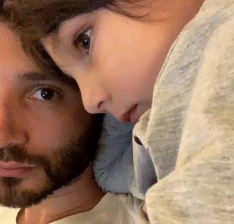 Stefano De Martino fidanzato: la ragazza è Chiara Scelsi?