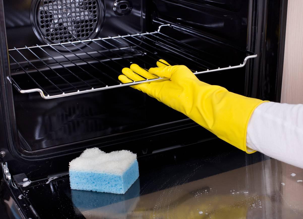 Miscela Per Pulire Il Forno come pulire il forno con aceto e bicarbonato: il