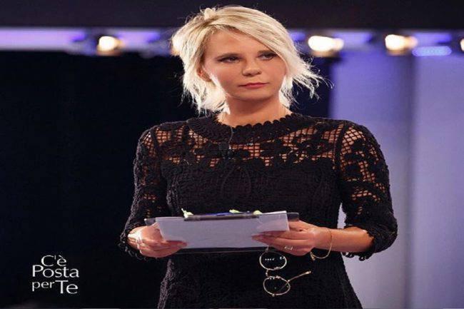 Stasera in Tv, sabato 16 marzo: C'è Posta per Te | Anticipazioni