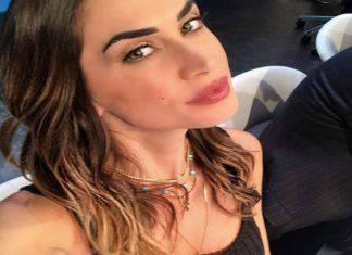 Melissa Satta mozzafiato in TV: l'abito è troppo corto, fan in delirio