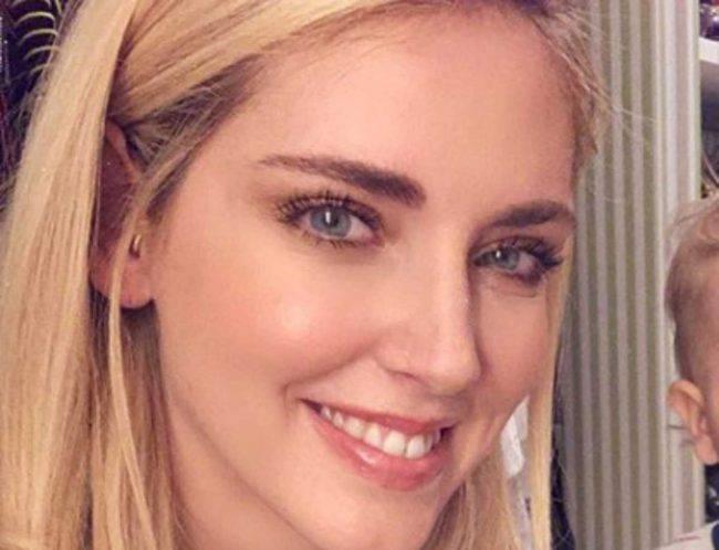 Chiara Ferragni provoca: si fa massaggiare il fondoschiena... non da Fedez