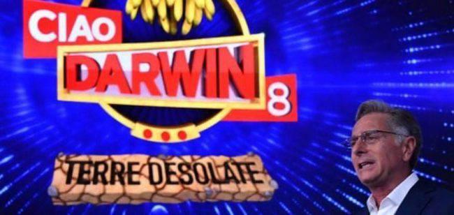 Stasera in tv venerdì 12 aprile: Ciao Darwin | Anticipazioni | Ospiti