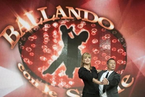 Ballando con le Stelle, un concorrente salterà la prossima puntata: il motivo è incredibile