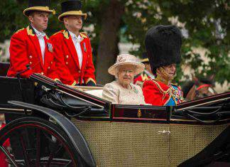 Royal Family: le assurde regole che devono rispettare i reali d'Inghilterra