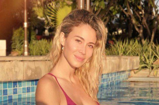 Diletta Leotta tenuta da tennis