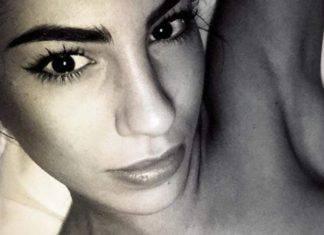 Giulia De Lellis su Instagram, si toglie la maglia in camerino: sotto niente!