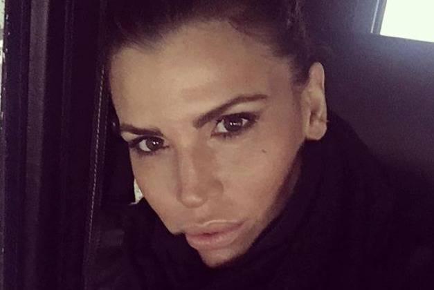 Claudia Galanti sotto attacco