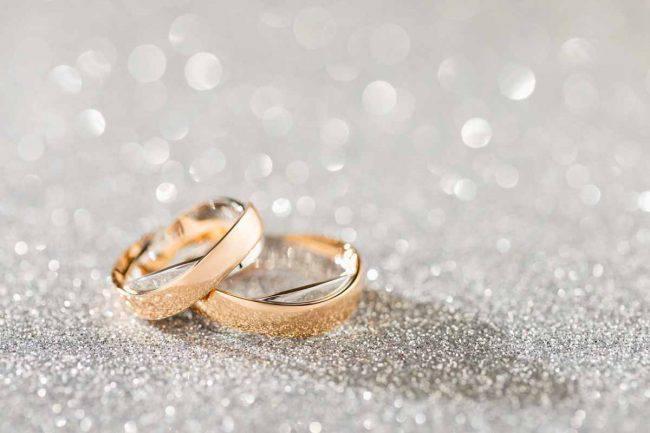 Xxv Anniversario Di Matrimonio.Nozze D Argento Idee Regalo Per Chi Festeggia 25 Anni Di
