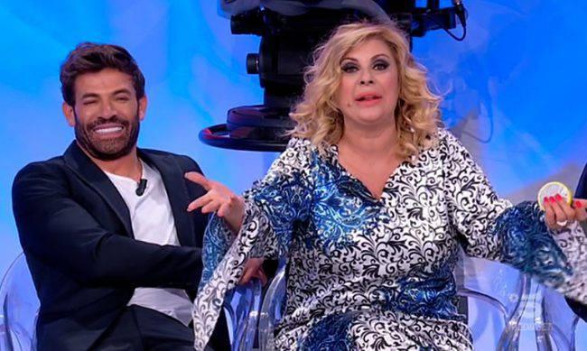 Uomini e Donne: Mario sempre più esplicito con Gemma Galgani