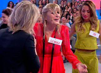 Uomini e Donne, il folle gesto di Tina sconvolge tutti: ecco cos'è successo dietro le quinte con Gemma