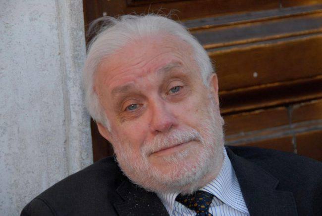 Luciano De Crescenzo frasi celebri