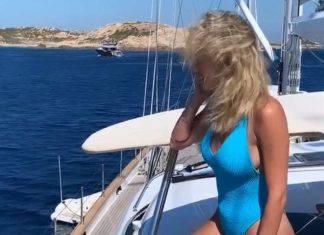 Diletta Leotta: il tuffo dalla barca