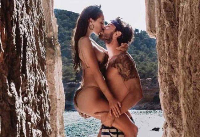 Cecilia Rodriguez Ignazio bacio