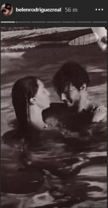 Stefano e Belen passione in acqua