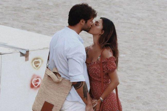 Anniversari Matrimonio Belen.Anniversario Belen E Stefano Dedica Al Miele Dell Argentina Su