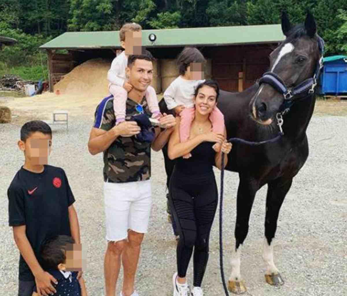 Cristiano Ronaldo Georgina Rodriguez svolta matrimonio