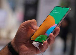 Smartphone 14enne morta