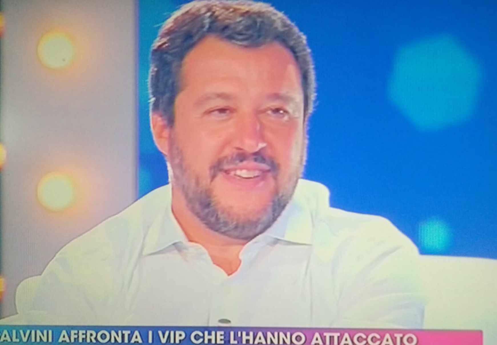 Natteo Salvini Live - Non è la D'Urso Asia Argento
