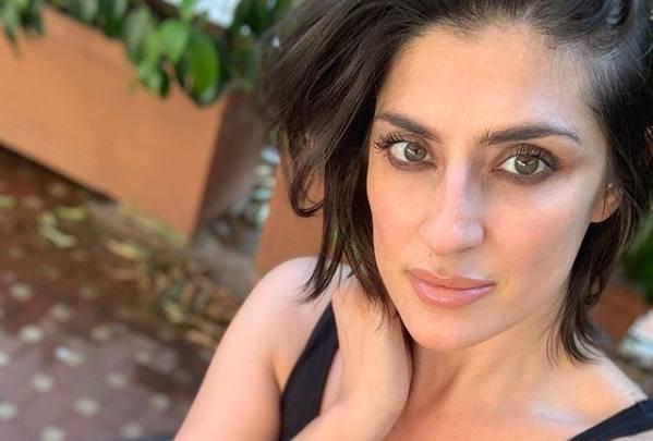 elisa isoardi look critiche instagram