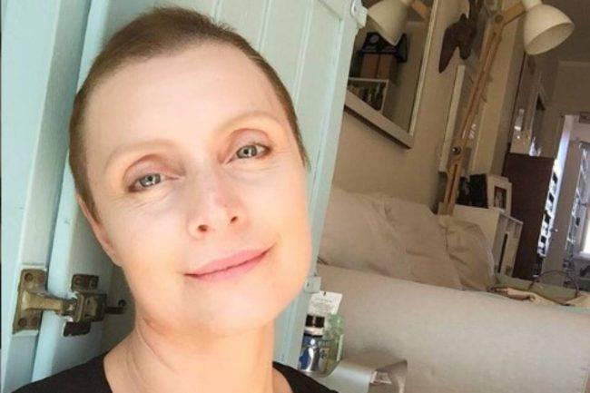 Sabrina Paravicini video messaggio tumore