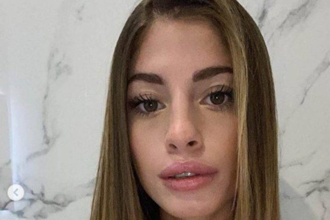 Chiara Nasti top spacco