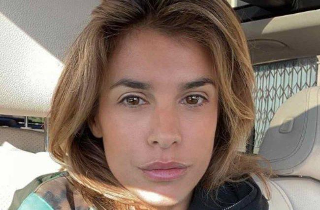 Elisabetta Canalis senza reggiseno