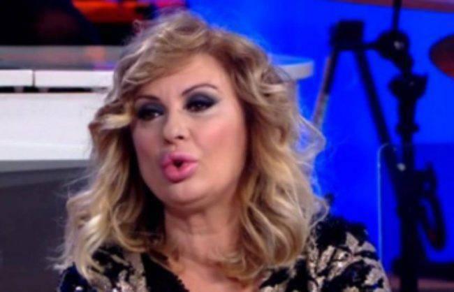 Tina Maurizio Costanzo show