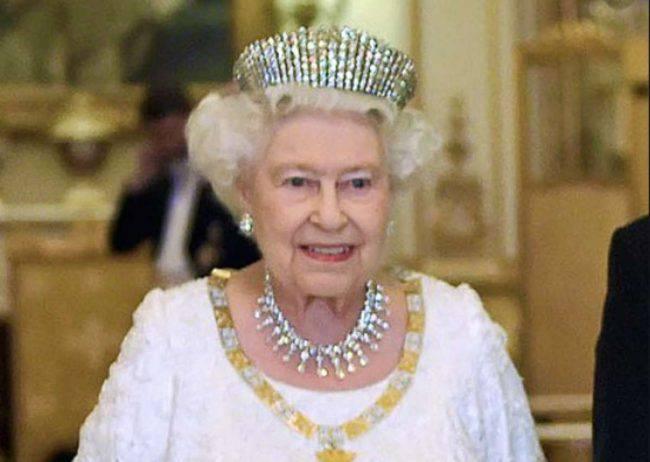 natale regina elisabetta