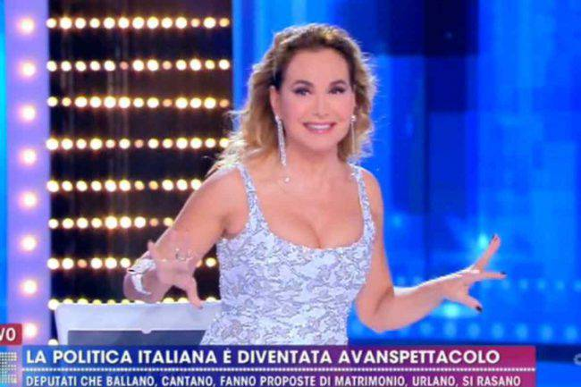 Barbara D'Urso look Live