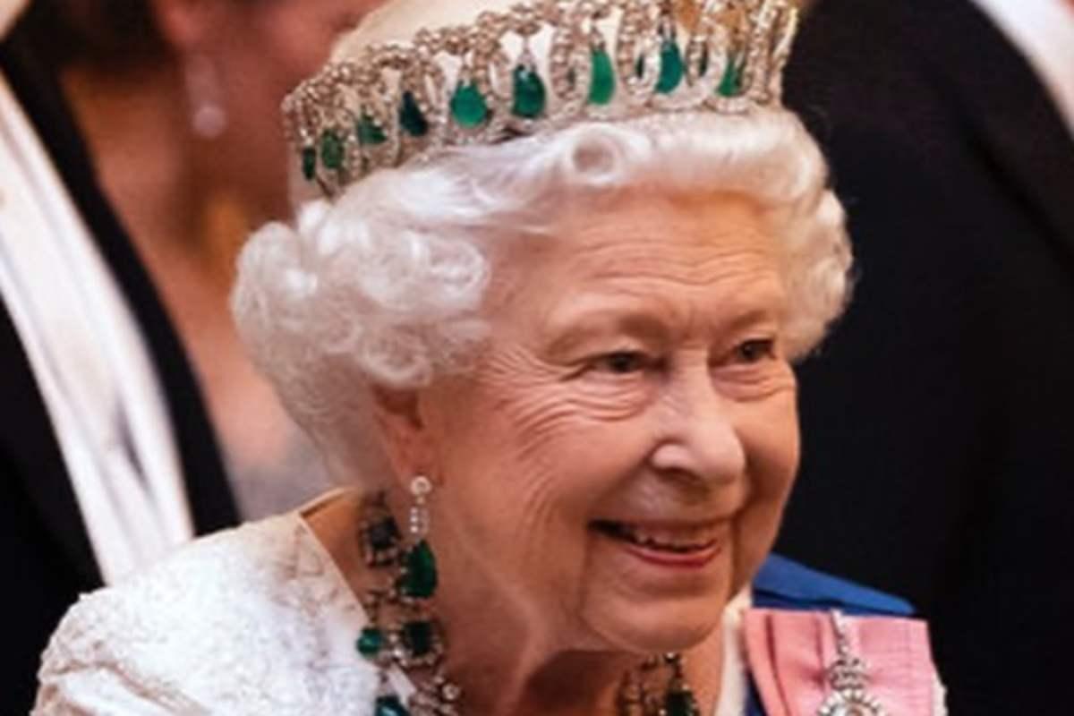 Regina Elisabetta: ha speso una cifra ca capogiro per i regali di Natale