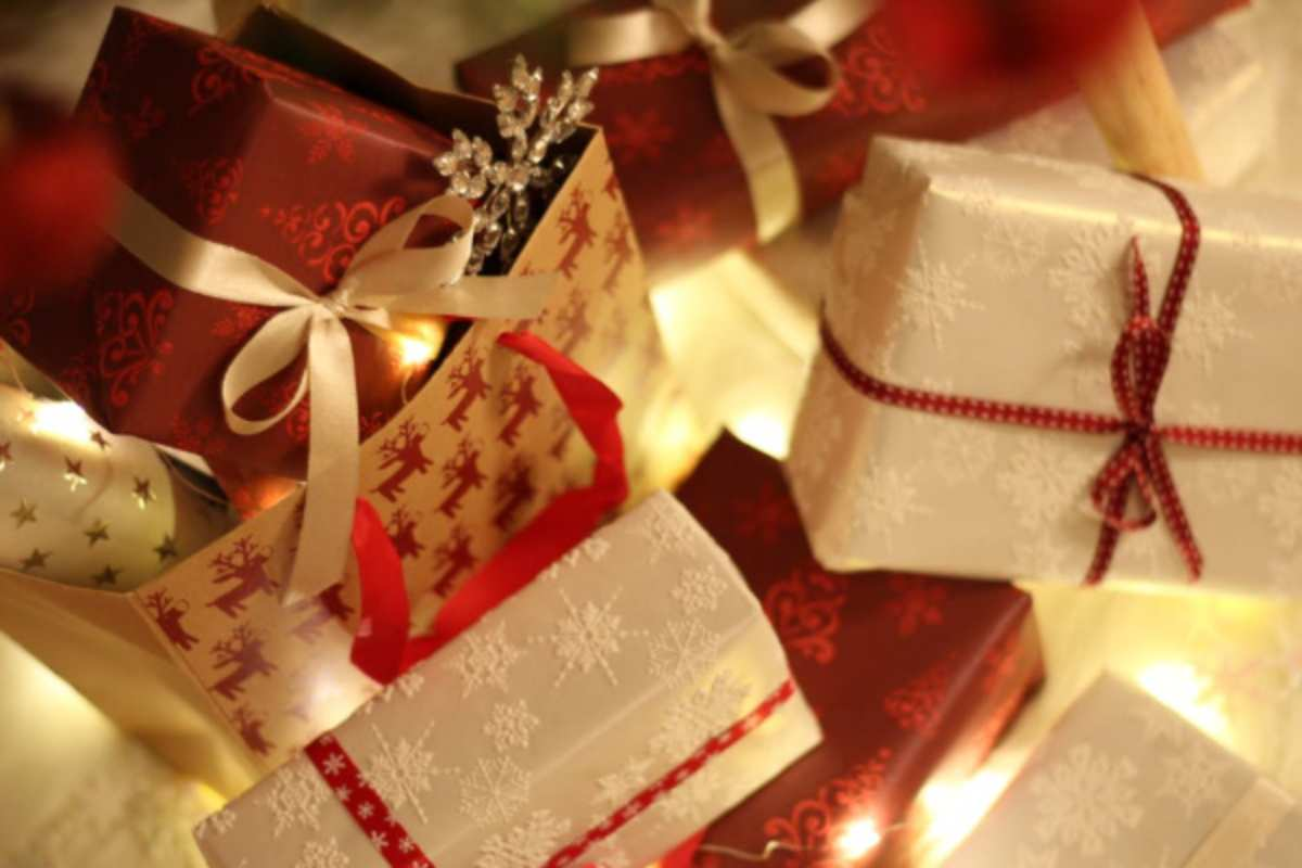 Natale, regali non graditi o non cambiabili: come riciclarli